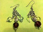 Orecchini in argento antico con mezzi cristalli e vetro pressato