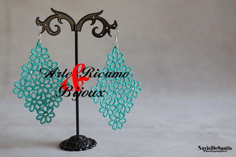 Orecchini Millefiori collezione primavera estate 2015 in pizzo macramè  by Arte Ricamo & Bijoux