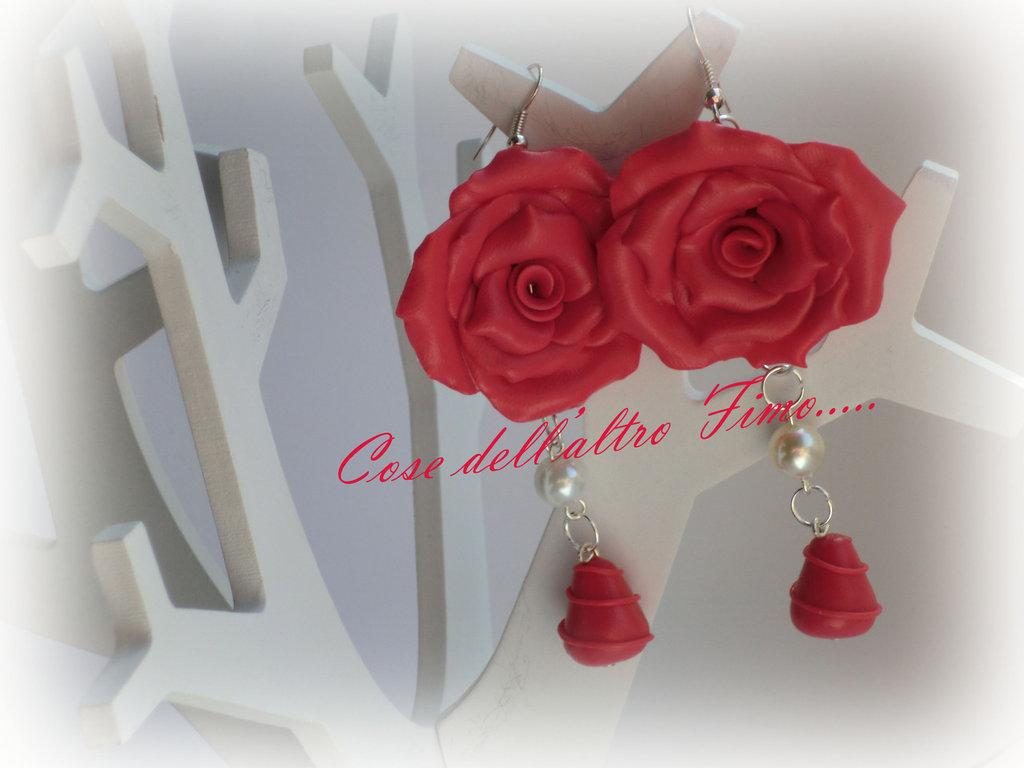 Orecchini Rose Grandi Color Corallo Scuro
