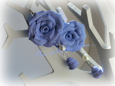 Orecchini Rose Grandi Color Blu di Prussia