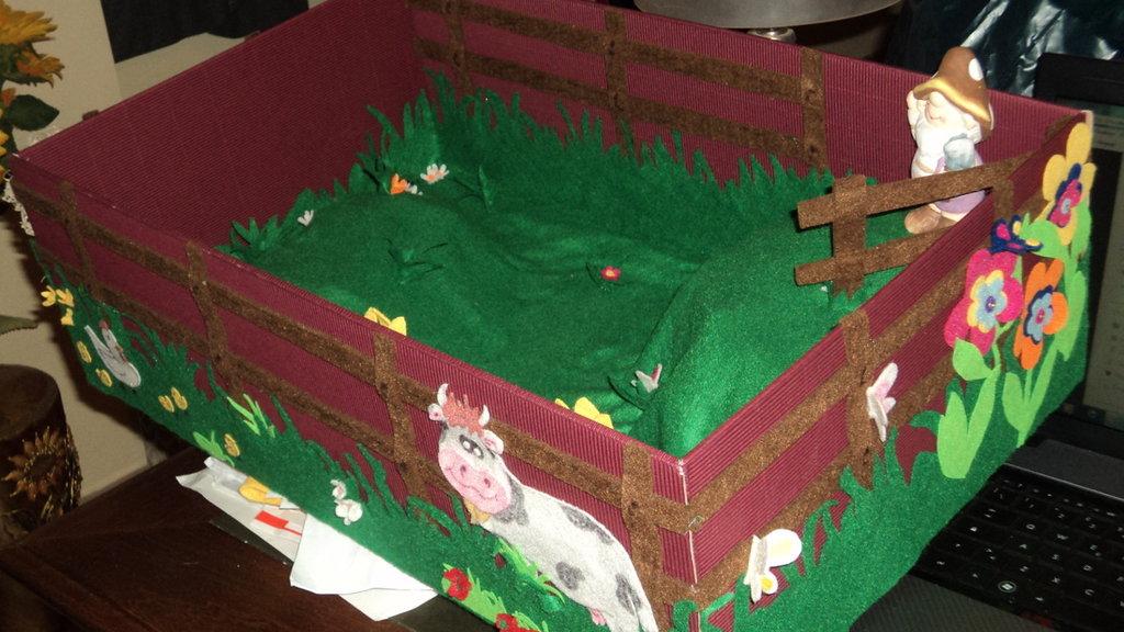 """cesto bomboniere ricordini x cerimonie decorato a mano """"fattoria"""""""
