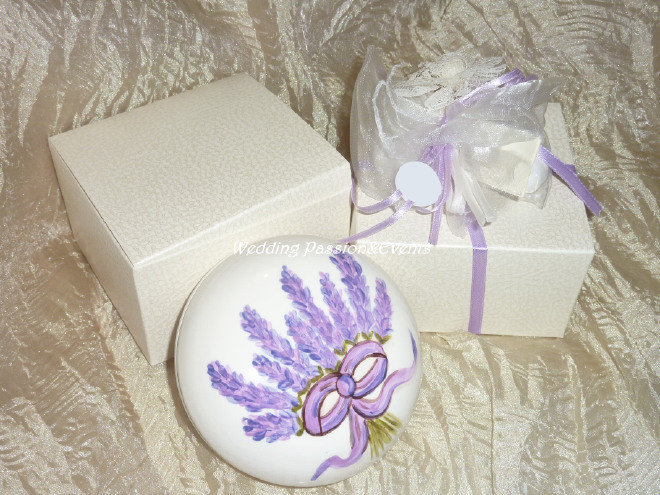Scatola rotonda in ceramica