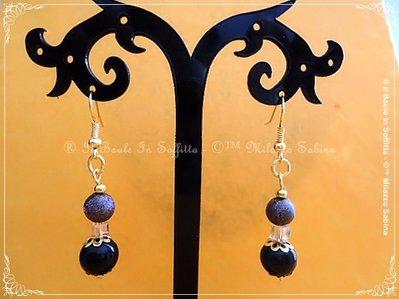 Orecchini pendenti con monachella e perle