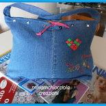 borsa jeans con cuore di borchie colorate