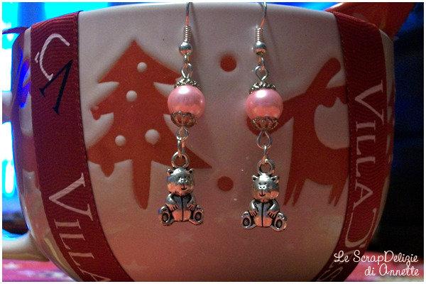 Orecchini con orsetti e perle rosa