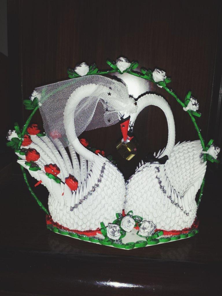Bomboniera più preziosa per testimoni di nozze e i parenti,fatta a mano con la tecnologia arte origami