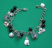 bracelet with cat and mouse