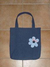 borsa con fiore in pelle