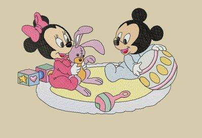 ricamo baby minnie e topolino