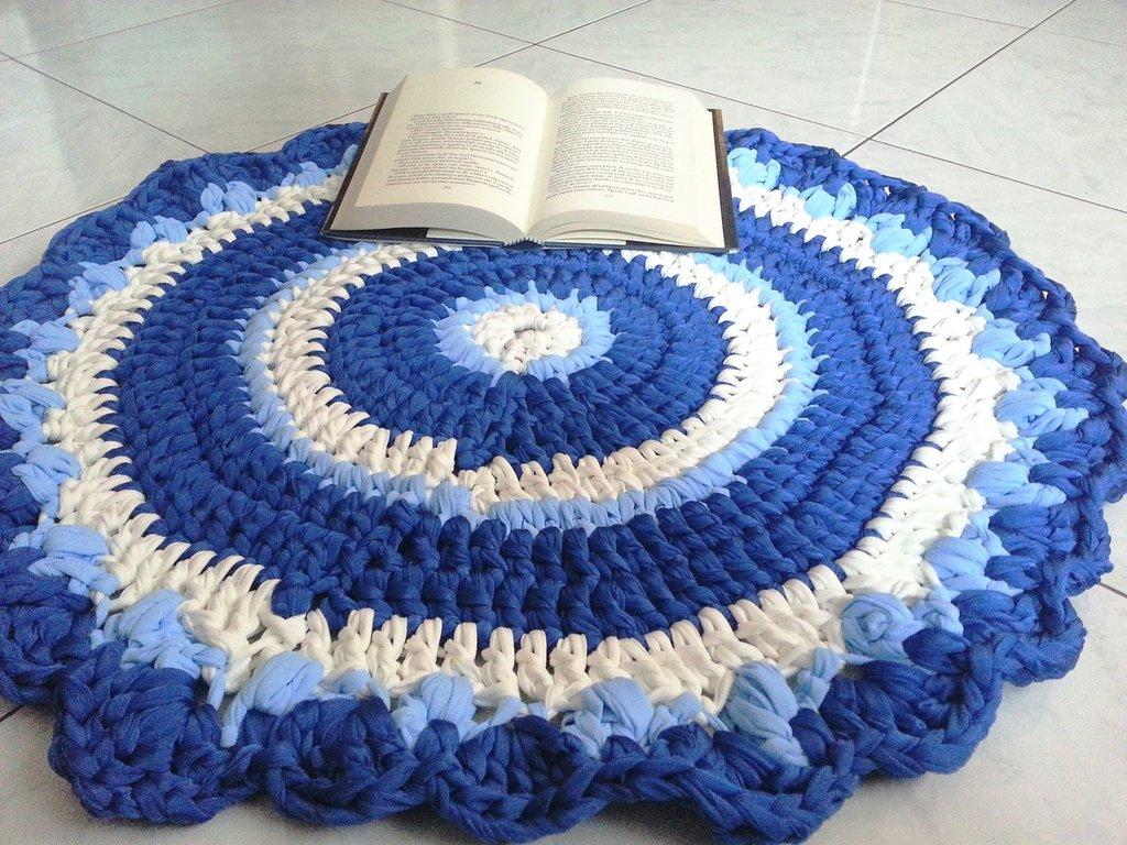 Tappeto tondo in fettuccia a crochet (art.49)