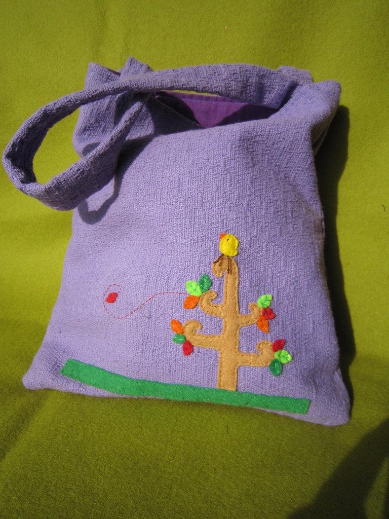 Mini borsa in cotone con decorazione fatta a mano