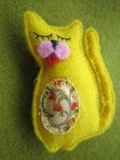 Spilla gatto - micio giallo in panno lenci fatto a mano