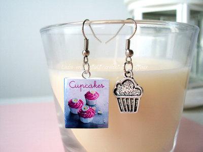 Orecchini charm cupcake e minilibro in fimo