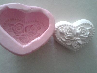 Stampo cuore con rose