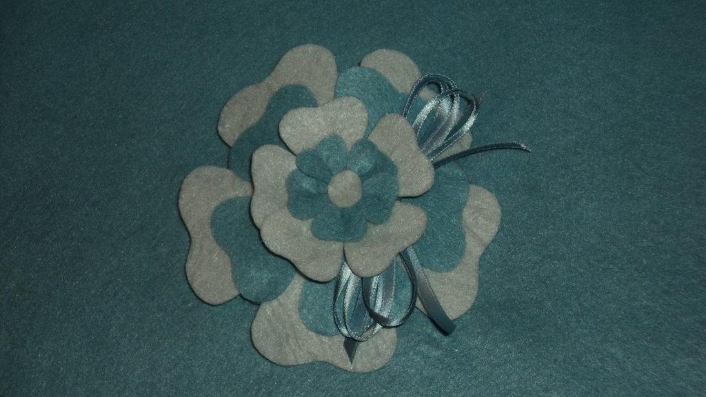 """sacchetti confetti segnaposto artigianali fai da te """"fiore celeste"""""""