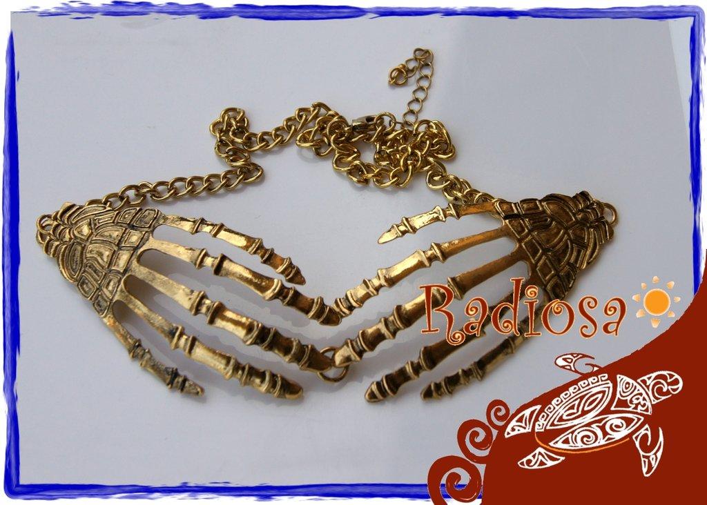 Collana mani scheletriche dorate