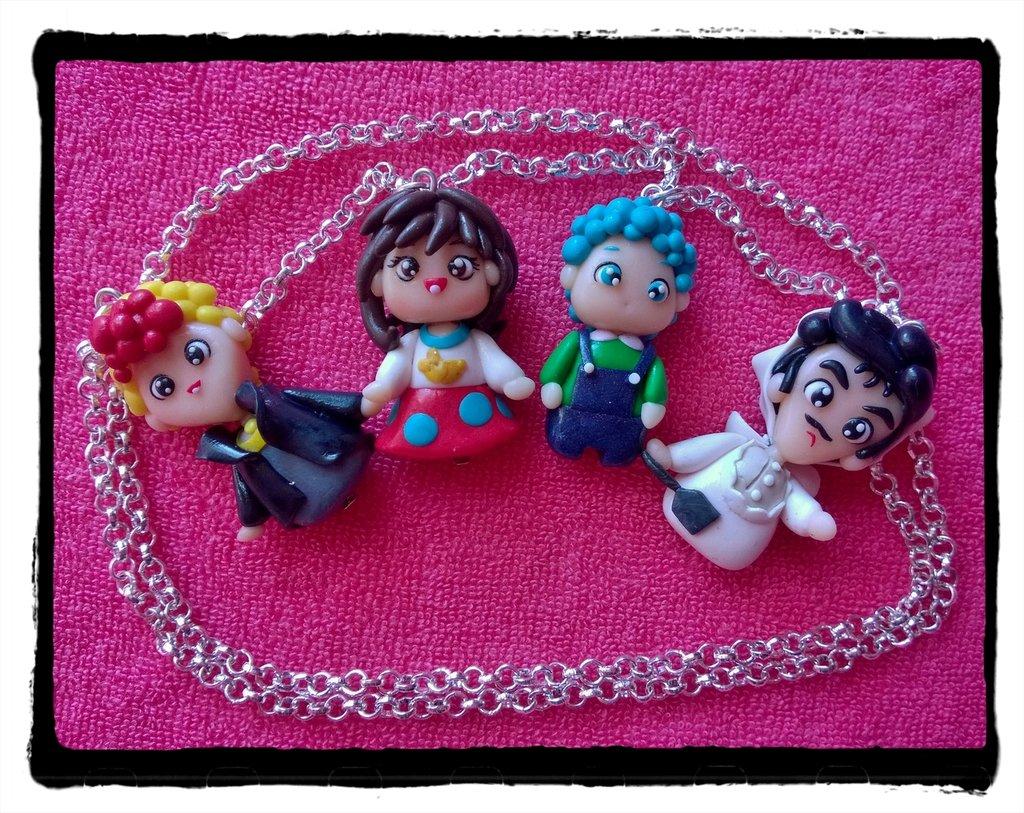 Collana con ciondoli Licia, Mirko, Andrea e Marrabbio