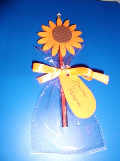 matita con gomma decorazione in feltro buona pasqua fiore arancione