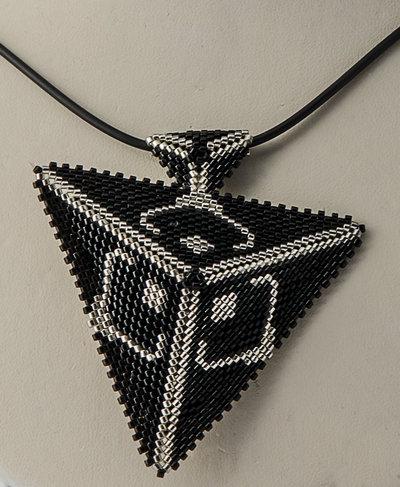 Ciondolo nero argento