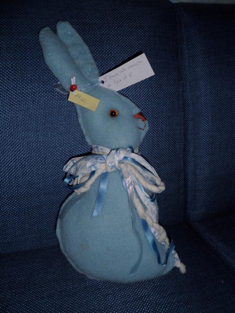 coniglio azzurro imbottito lana cotta