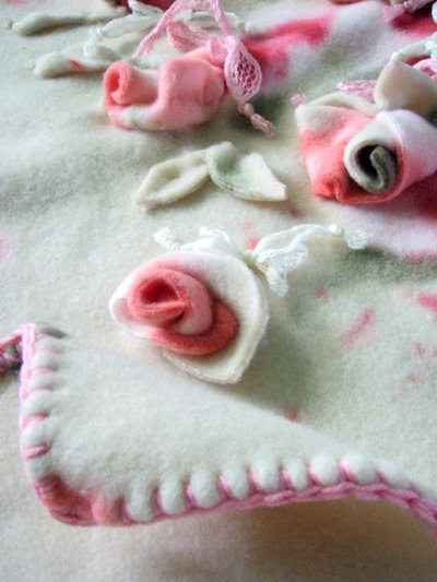 "copertina neonato ""rose"""