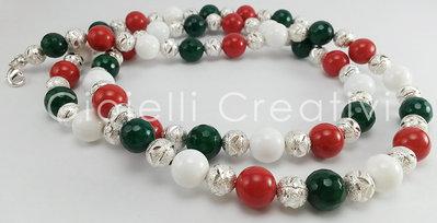 Collana con pietre in pasta di Corallo, Giada bianca e Giada verde