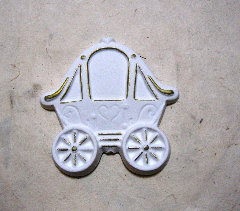 """Stampo in silicone """"carrozza"""" cm.8"""