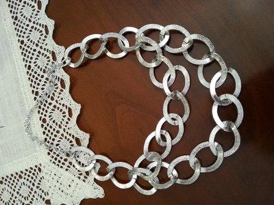collana in alluminio