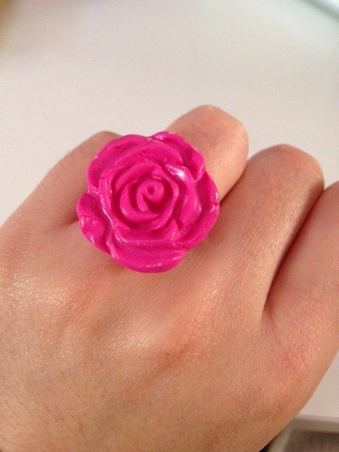 Anello Rosa in fimo color fuxia