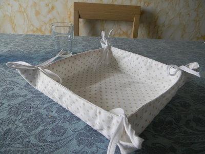 Portapane quadrato in cotone a pois