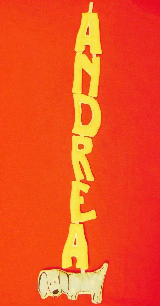 ANDREA= Ghirlanda nome fatta con lettere di stoffa imbottite: la decorazione per la cameretta dei vostri bambini
