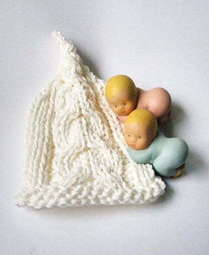 Abbigliamento Bambino Cappellino neonato Bio baby fatto a mano Accessori neonato Bio cotone Piccolo elfo Bianco nuvola