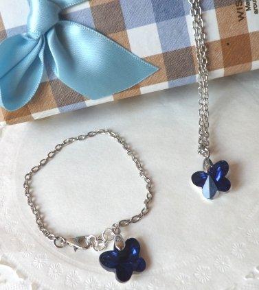 Completo collana e bracciale con ciondolo in cristallo a farfalla blu