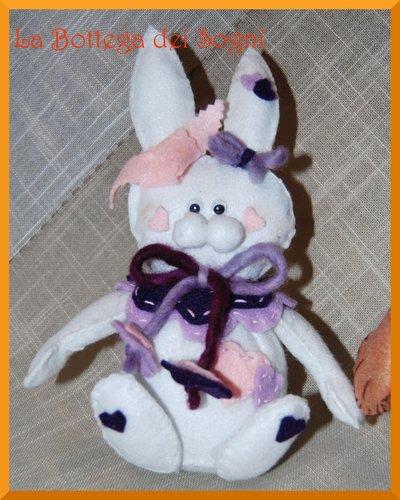 Pupazzo coniglietto in feltro