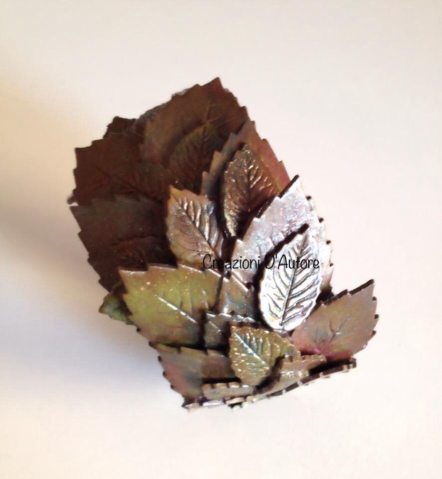Bracciale bangle con foglie in pasta polimerica