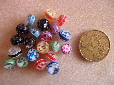 30pz Perle acrilico con pois 8mm colore mix