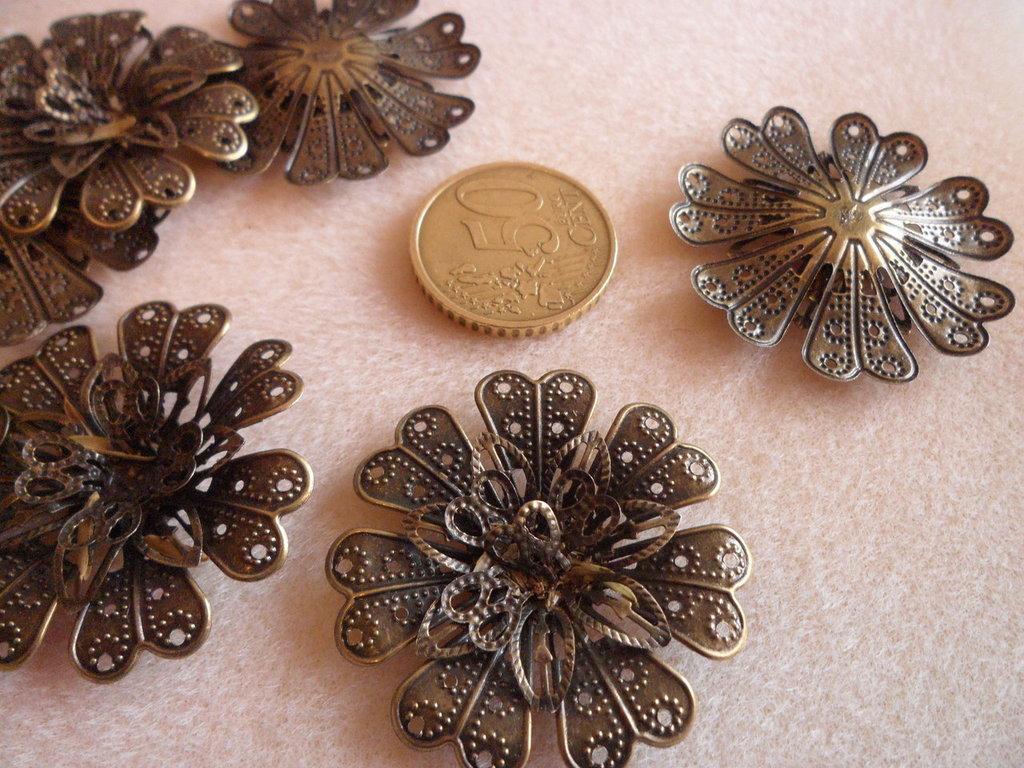 Filigrana bronzo fiore 3D