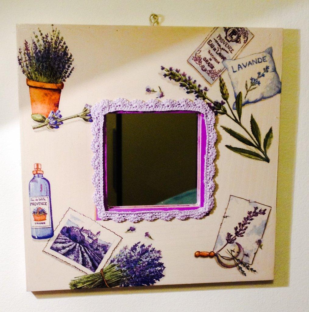 specchio decorato a mano in stile provenzale