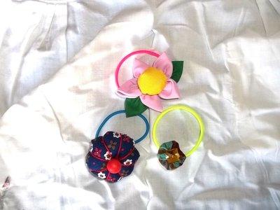 Tris di fermacapelli con applicazioni in stoffa