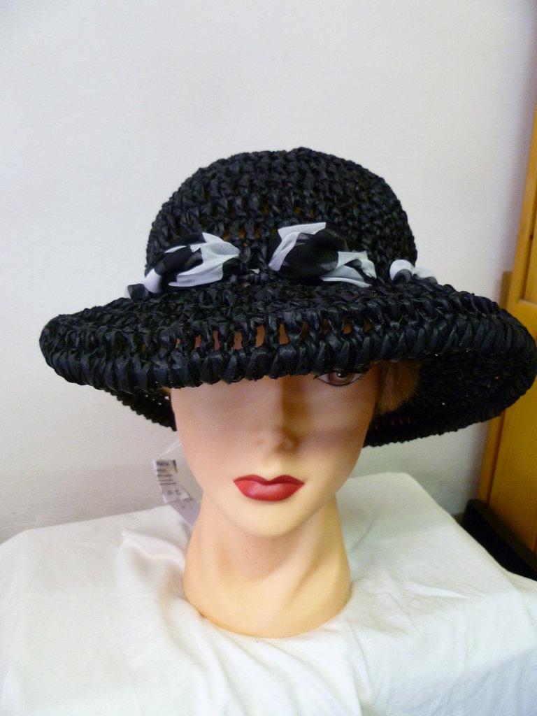 cappello in rafia nero