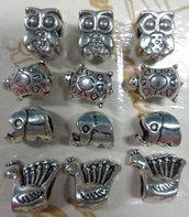 12 perline Animalia Foro Grande Argento Tibetano