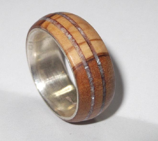 Anello d'argento 925 con legno di ulivo e fascia di madreperla