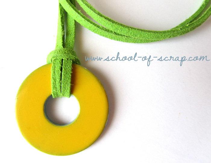 Collana ciondolo giallo e cordoncino verde - collezione HARDWARE di TRAMONTANA