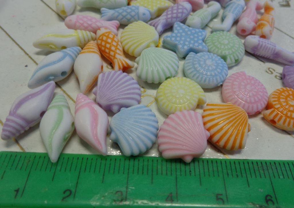 100 Perline Tesori dall'Oceano in acrilico