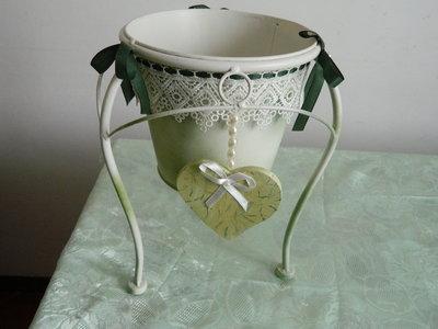 Vaso in metallo stile Provence