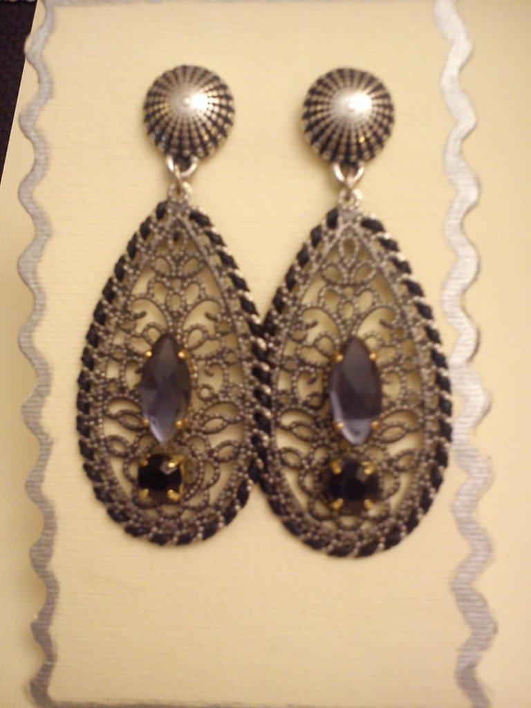 orecchino pendente in filigrana