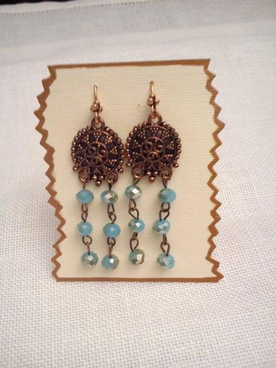 orecchino rame e mezzi cristalli color turchese