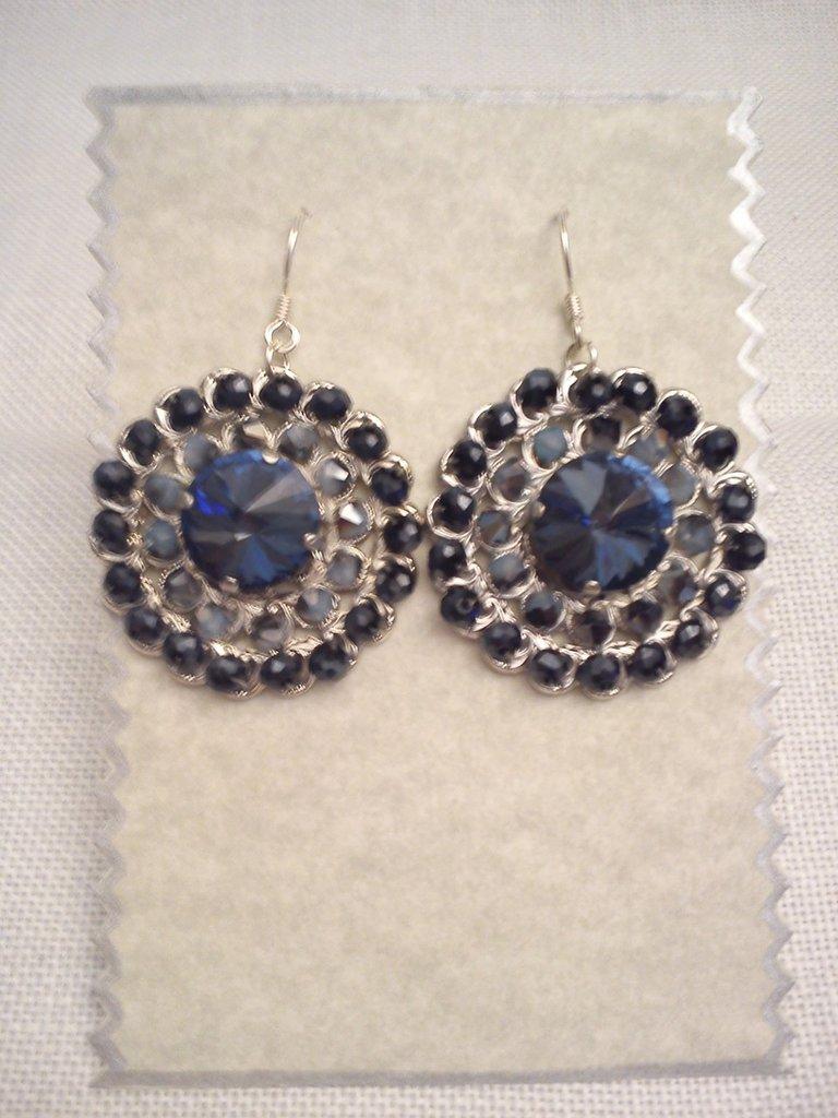 orecchino blu notte
