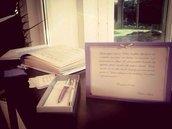 Guestbook per matrimonio, rilegato con cartoncino perlato rosso e bianco