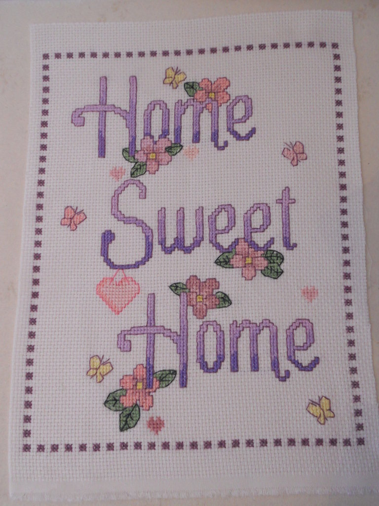 Quadretto home sweet home ricamato a punto croce